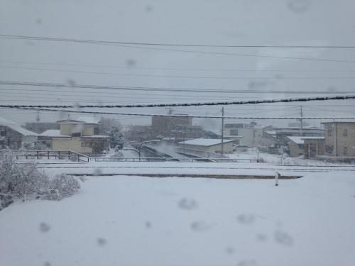仙台晴れ、秋田県内吹雪_e0054299_11214610.jpg