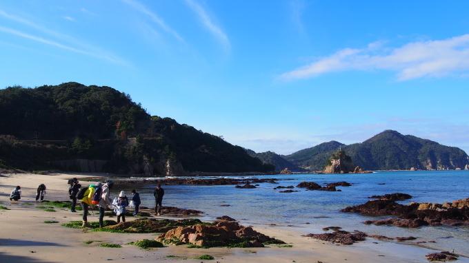 今年のX\'masは『海のクリスマス』! 「ビーチコーミング 海の贈り物」今週17日に開催!_b0239402_15390224.jpg