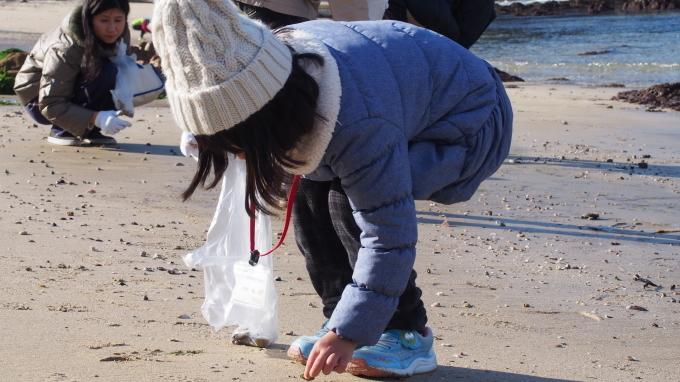 ビーチコーミング、体験してみませんか? 「ビーチコーミング 海の贈り物」参加者募集中!_b0239402_15494833.jpg