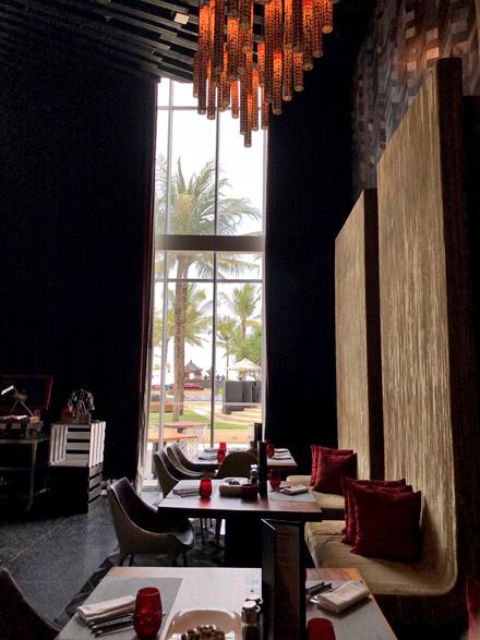 バリでWホテルのサンデーブランチ! _f0179404_21322244.jpg