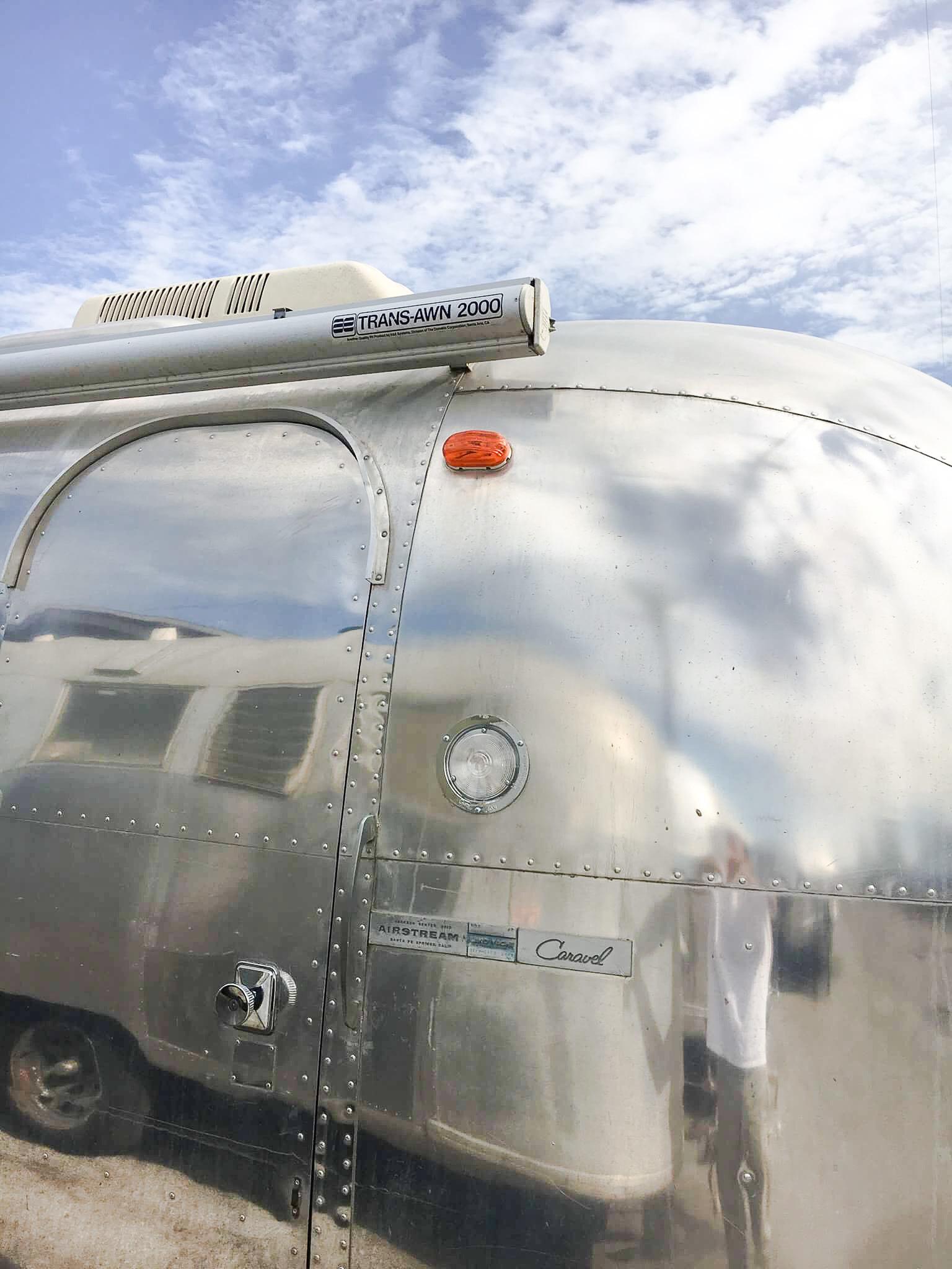 Airstream エアストリーム Caravel C&G  A&E_d0081605_03292821.jpg