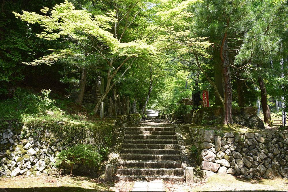 太平記を歩く。 その178 「石龕寺」 兵庫県丹波市_e0158128_10283096.jpg