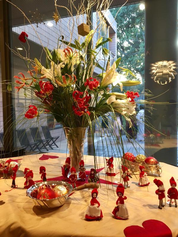 ル プレジール デンマーク王国大使館公邸でのクリスマスティーパーティー_c0195496_12233119.jpg