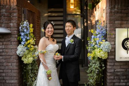 新郎新婦様からのメール 12月、太陽と青空の装花 アンカシェットの花嫁様から_a0042928_2102321.jpg