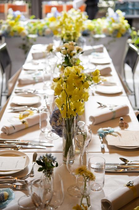新郎新婦様からのメール 12月、太陽と青空の装花 アンカシェットの花嫁様から_a0042928_2113555.jpg