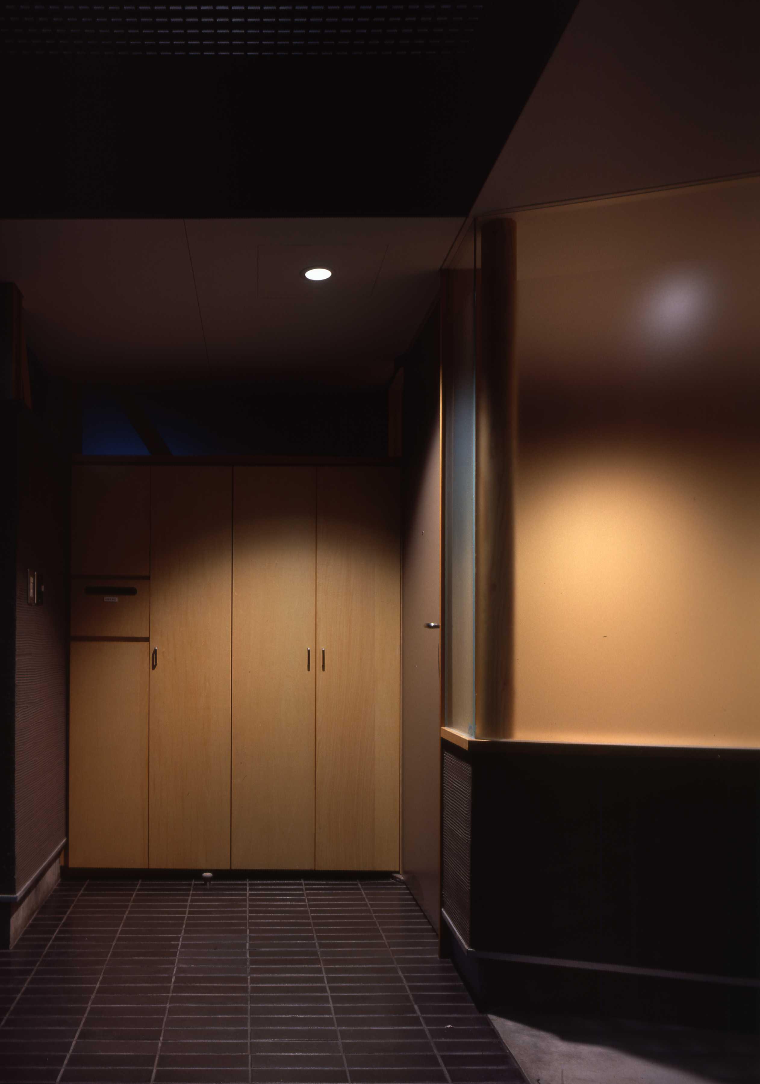 玄関の壁面収納_c0070136_11411847.jpg