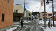 【日本の未来】青森の温泉街、人口は激減、高齢化率51%、小学校は潰れ、バスに乗って遠方のスーパーへ買い物に。 _b0163004_07133094.jpg