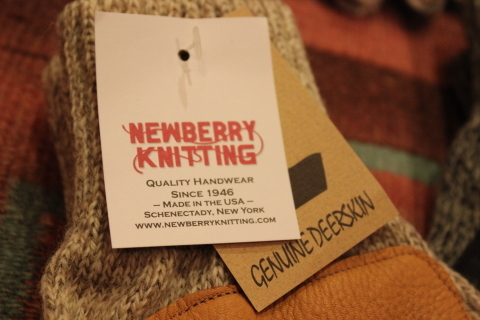アメリカ老舗ニットグローブメーカー「Newberry Knitting」ご紹介_f0191324_08353699.jpg