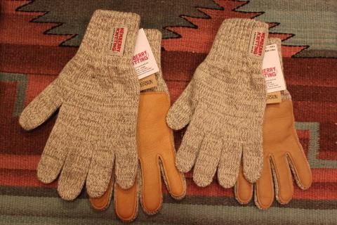 アメリカ老舗ニットグローブメーカー「Newberry Knitting」ご紹介_f0191324_08364246.jpg