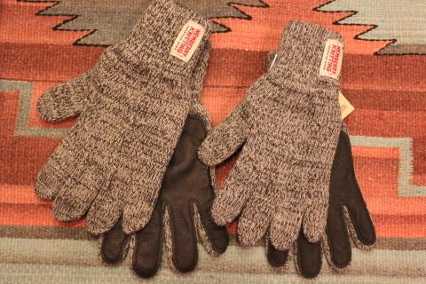 アメリカ老舗ニットグローブメーカー「Newberry Knitting」ご紹介_f0191324_08365597.jpg