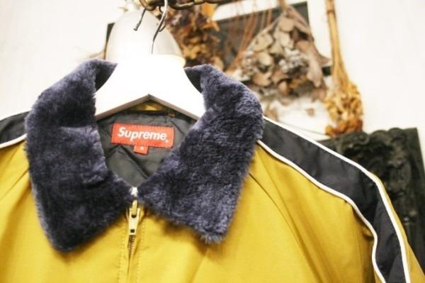 ヨーロッパ買い付け後記34 お待たせしました!恒例のアレ、出ます! 入荷SUPREME ジャケット、パンツ、キャップ、ニットキャップ_f0180307_18544669.jpg