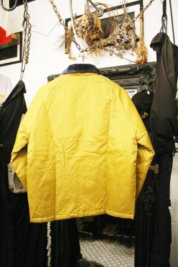 ヨーロッパ買い付け後記34 お待たせしました!恒例のアレ、出ます! 入荷SUPREME ジャケット、パンツ、キャップ、ニットキャップ_f0180307_18545194.jpg