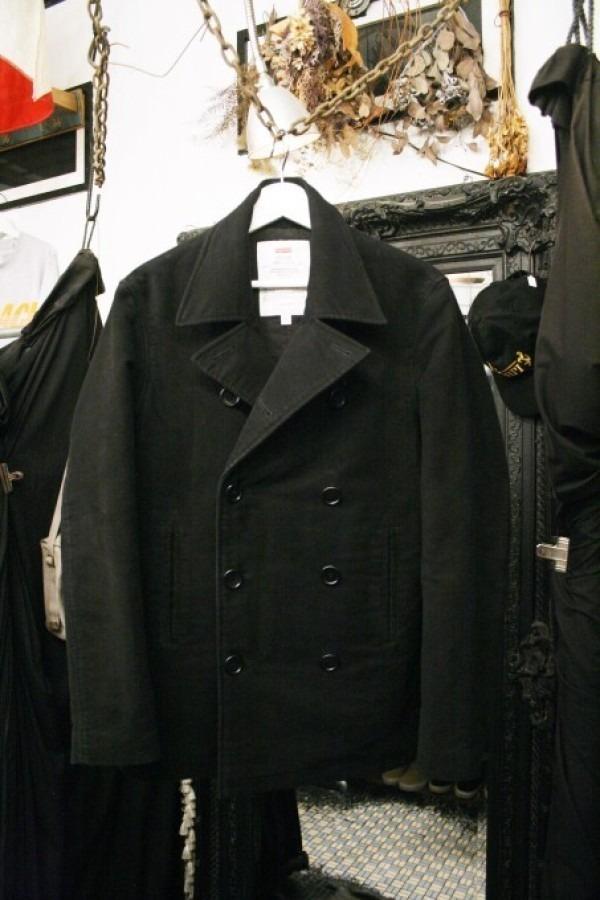 ヨーロッパ買い付け後記34 お待たせしました!恒例のアレ、出ます! 入荷SUPREME ジャケット、パンツ、キャップ、ニットキャップ_f0180307_19324350.jpg