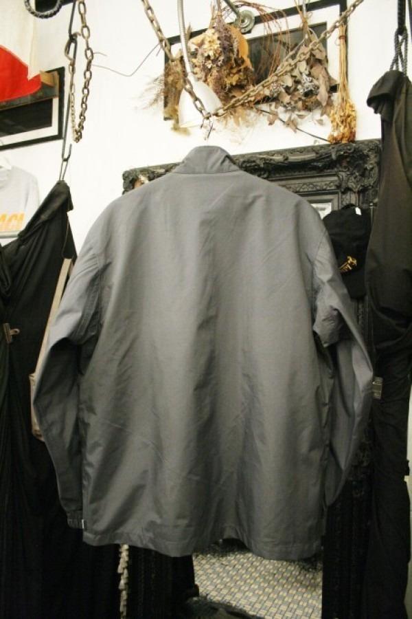 ヨーロッパ買い付け後記34 お待たせしました!恒例のアレ、出ます! 入荷SUPREME ジャケット、パンツ、キャップ、ニットキャップ_f0180307_19435581.jpg