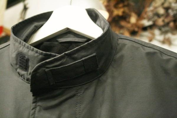 ヨーロッパ買い付け後記34 お待たせしました!恒例のアレ、出ます! 入荷SUPREME ジャケット、パンツ、キャップ、ニットキャップ_f0180307_19440644.jpg