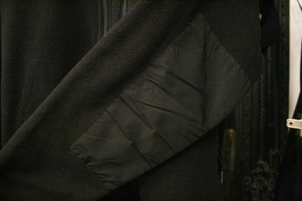 ヨーロッパ買い付け後記34 お待たせしました!恒例のアレ、出ます! 入荷SUPREME ジャケット、パンツ、キャップ、ニットキャップ_f0180307_20140256.jpg