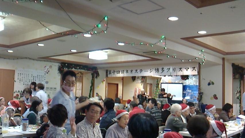 クリスマス会へ_b0217741_23422031.jpg