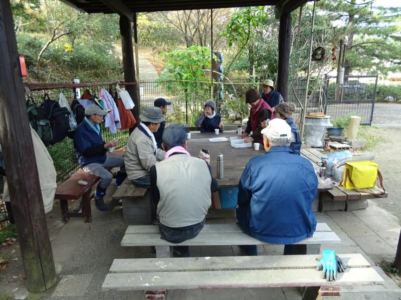 ビオトープ水漏れ個所の大補修・・・うみべの森_c0108460_20104272.jpg