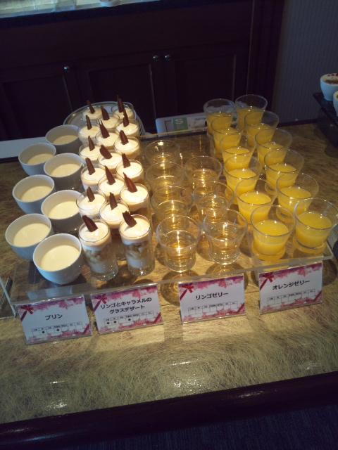 川崎日航ホテル 夜間飛行 冬の贈り物スイーツブッフェ_f0076001_22144140.jpg