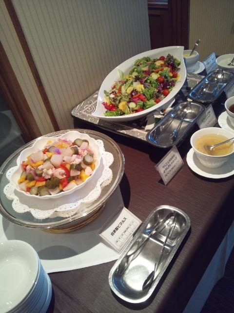 川崎日航ホテル 夜間飛行 冬の贈り物スイーツブッフェ_f0076001_2218192.jpg