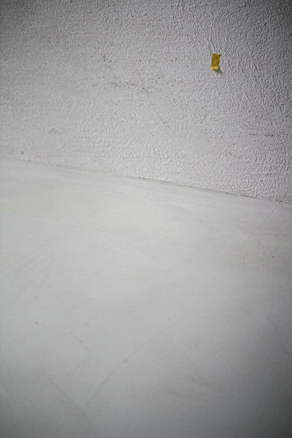 白い場所。_e0235537_09270249.jpg