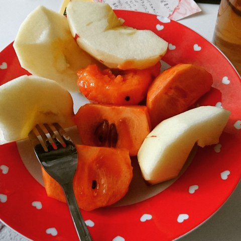 柿とりんご_f0373339_10142374.jpg