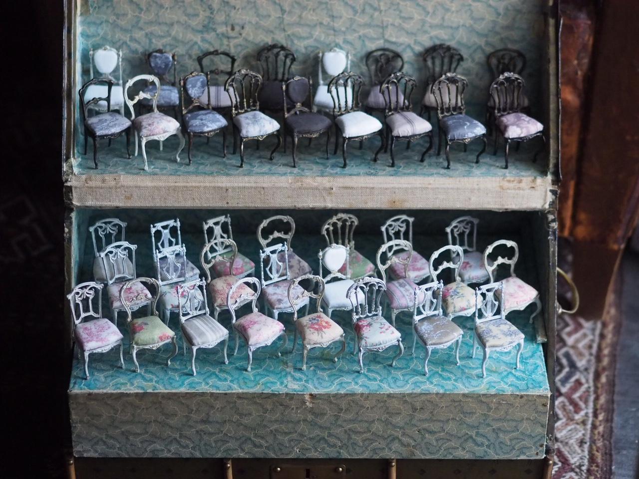 ミニチュア椅子_e0172847_9465332.jpg