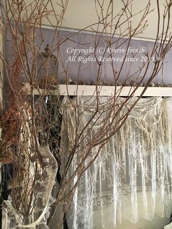 寝室にも クリスマス♪ ブランチツリーで雰囲気アップ_e0237680_09114328.jpg