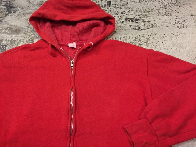12月13日(水)大阪店ヴィンテージ入荷日!!#4 アスレチック編!!VintageSweat&Lettered Sweater!!_c0078587_2123670.jpg