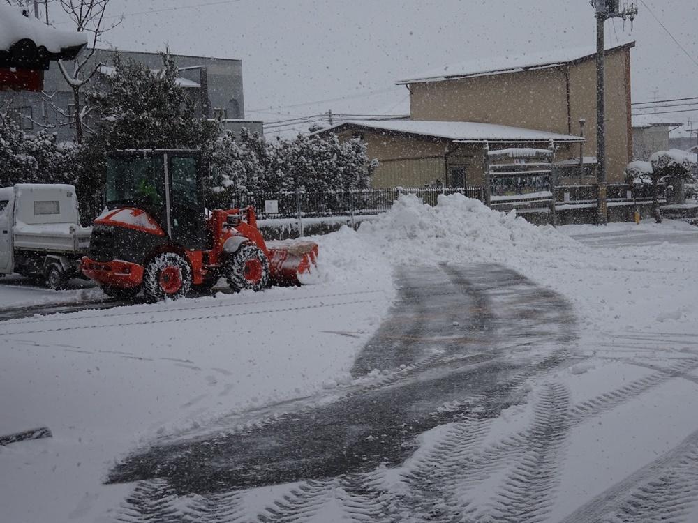 大雪除雪_c0111229_17383125.jpg