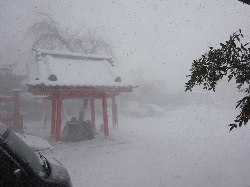大雪除雪_c0111229_17384487.jpg