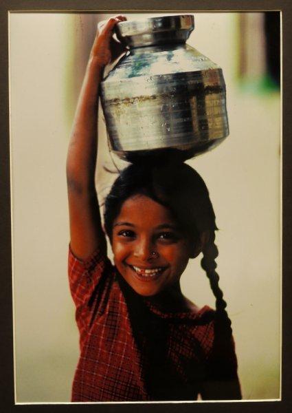 青木雅彦写真展「西インドの子どもたち」_b0190540_13434641.jpg