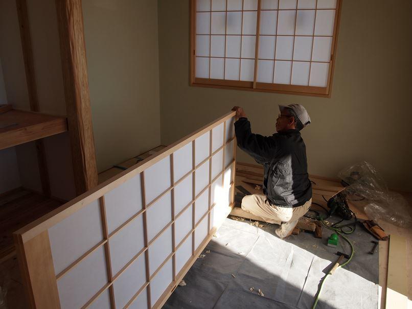 相模原市南区の家☆建具屋さんが入りました!_c0152341_09443407.jpg