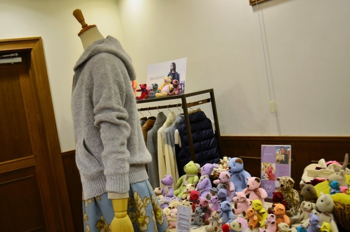 """""""BRAHMIN ❄ Winter SPECIAL POP UP with Cashmere Bear  ...12/13wed\""""_d0153941_19072116.jpg"""