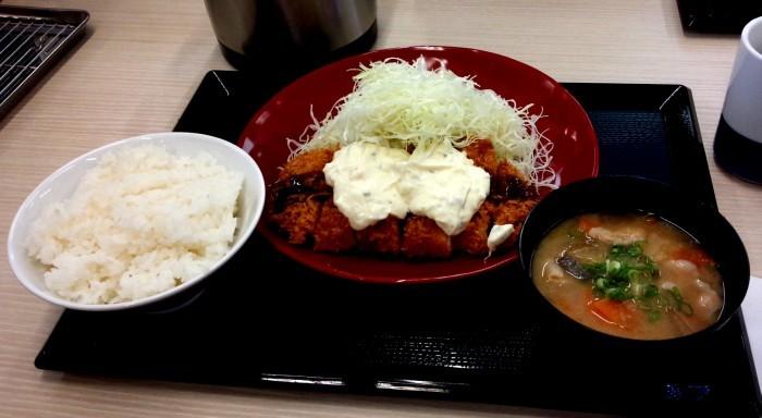 高松店近隣ランチ情報『かつや 高松東バイパス店』_b0163075_18095767.jpg