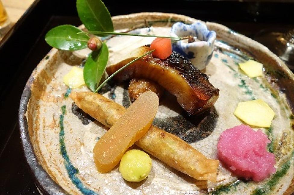 日本料理 徳専_a0152501_08122432.jpg