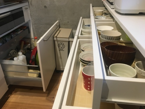 狭小住宅に住んでみた15「キッチン2」_e0028417_08412993.jpg