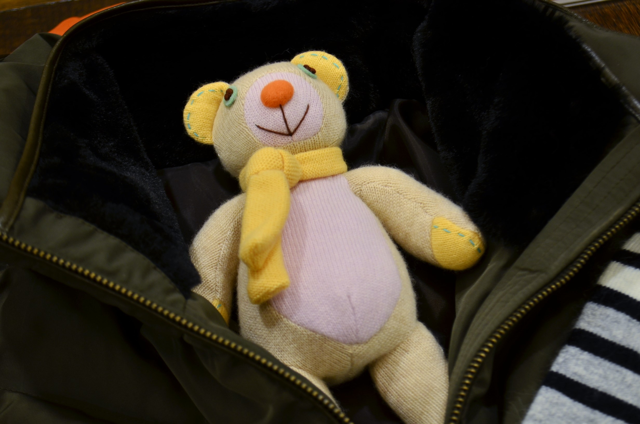 """BRAHMIN ❄ Winter SPECIAL POP UP with Cashmere Bear...12/15fri\""_d0153941_18014835.jpg"