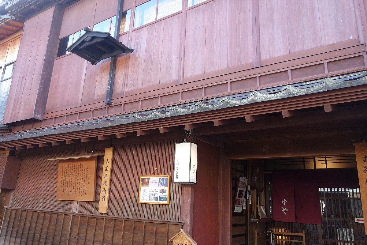 ひがし茶屋街 お茶屋美術館_c0112559_07035395.jpg