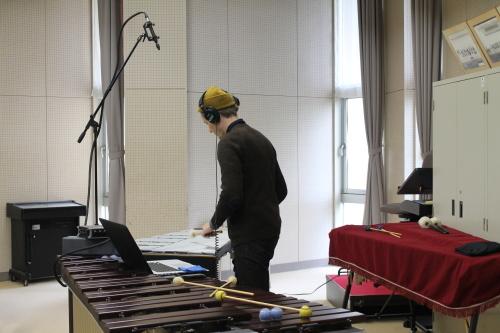 10/25 カーティス 守谷高校で楽器を演奏 Curtis played the instruments at Moriya High School_a0216706_14224749.jpg