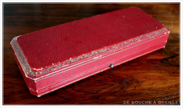 ouvre-lettre et sceau cachet 百合の紋章のレターオープナーとシーリンクスタンプ フランスアンティーク_d0184921_13082747.jpg