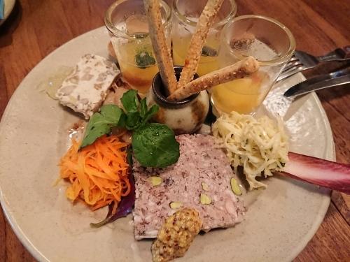 沖縄食材のフランス料理とワインの店 プチット リュ_c0100865_08081957.jpg