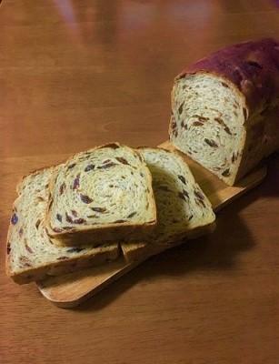 今朝の朝ごパン soilバゲットでサンドイッチと黒糖レーズン食パン♪_f0231189_11172658.jpg