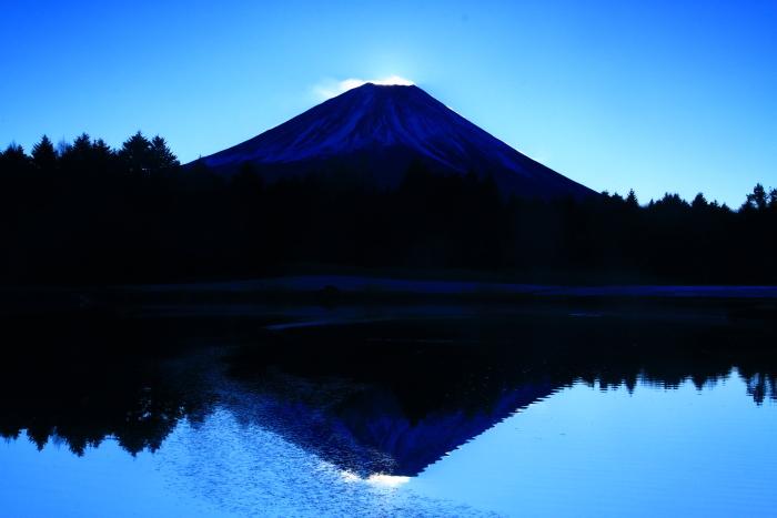 29年12月の富士(12)竜神池の富士_e0344396_19475785.jpg