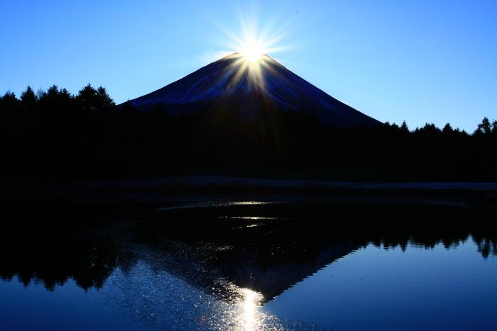 29年12月の富士(12)竜神池の富士_e0344396_19480520.jpg