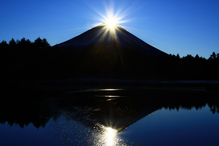 29年12月の富士(12)竜神池の富士_e0344396_19481139.jpg