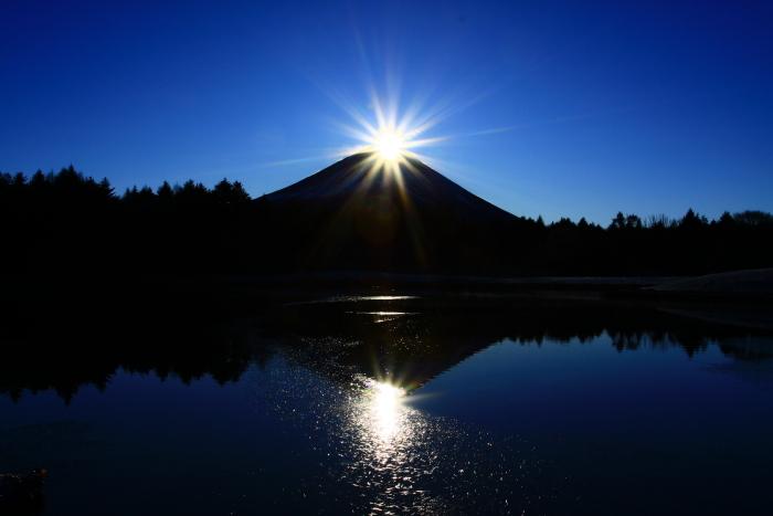 29年12月の富士(12)竜神池の富士_e0344396_19481962.jpg