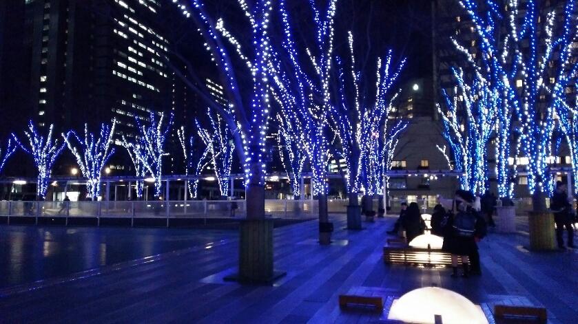 けやきひろばイルミネーション-クリスマスマーケット-_e0199780_09485455.jpg