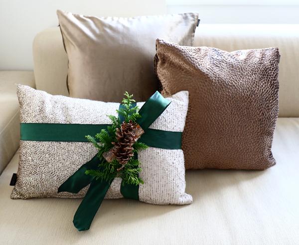 クリスマス仕様のクッション♪_d0113182_13161031.jpg