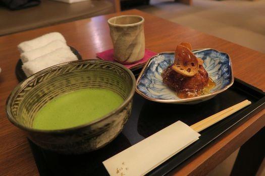 和久傳 堺町店 茶菓席と炙り鯖寿司_c0134734_18244238.jpg